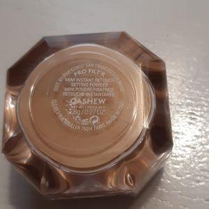 Fenty Beauty Makeup - Fenty Beauty Pro Filt'r CASHEW Setting Powder